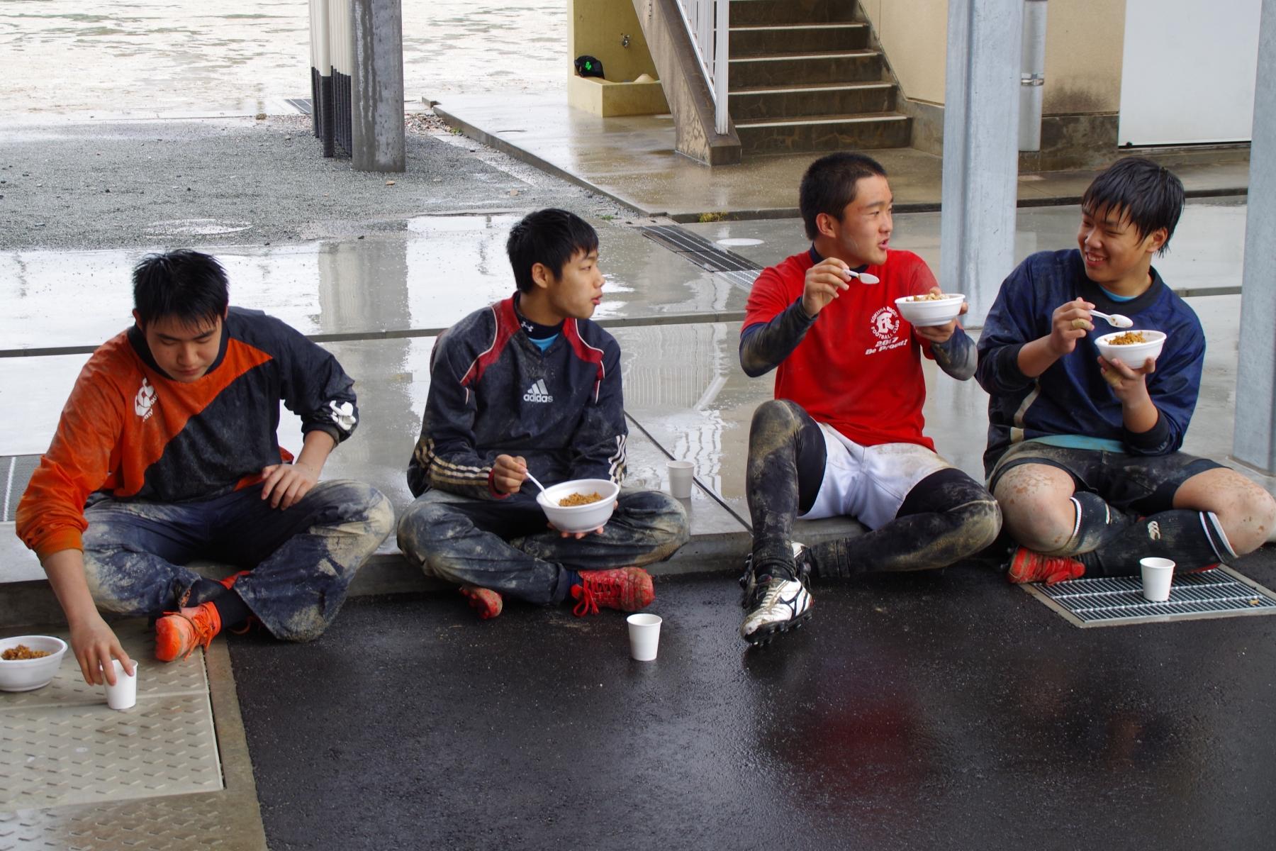 http://kokura-rugby.sakura.ne.jp/180108_131628_0075.jpg