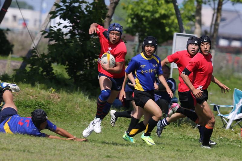 http://kokura-rugby.sakura.ne.jp/2014.5.3-7.JPG