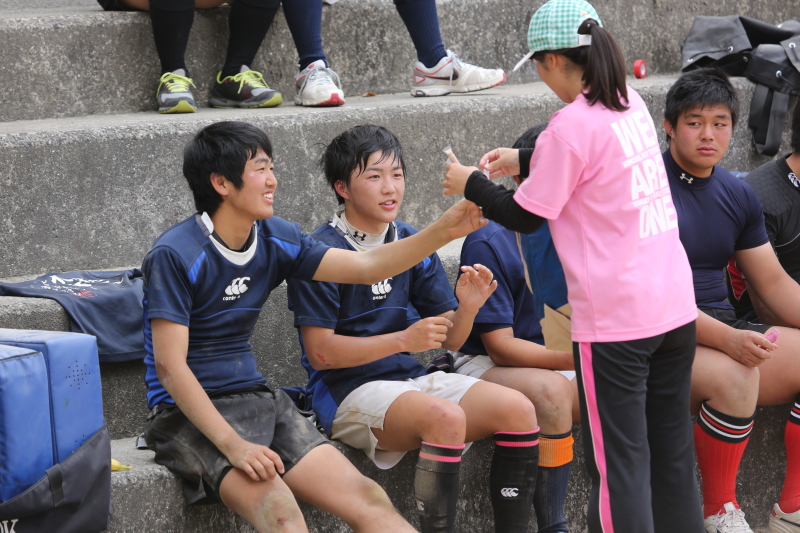 http://kokura-rugby.sakura.ne.jp/2014.5.4-37.JPG